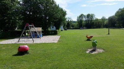 L'aire de jeux du camping Eure